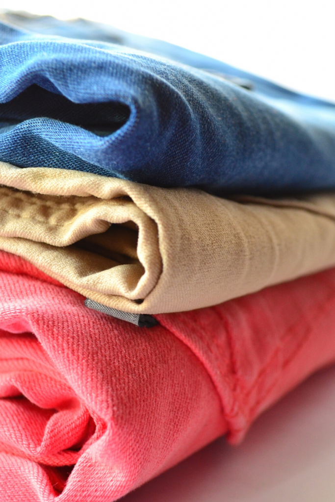 These shorts shopping tips for women over 40 will give you confidence.